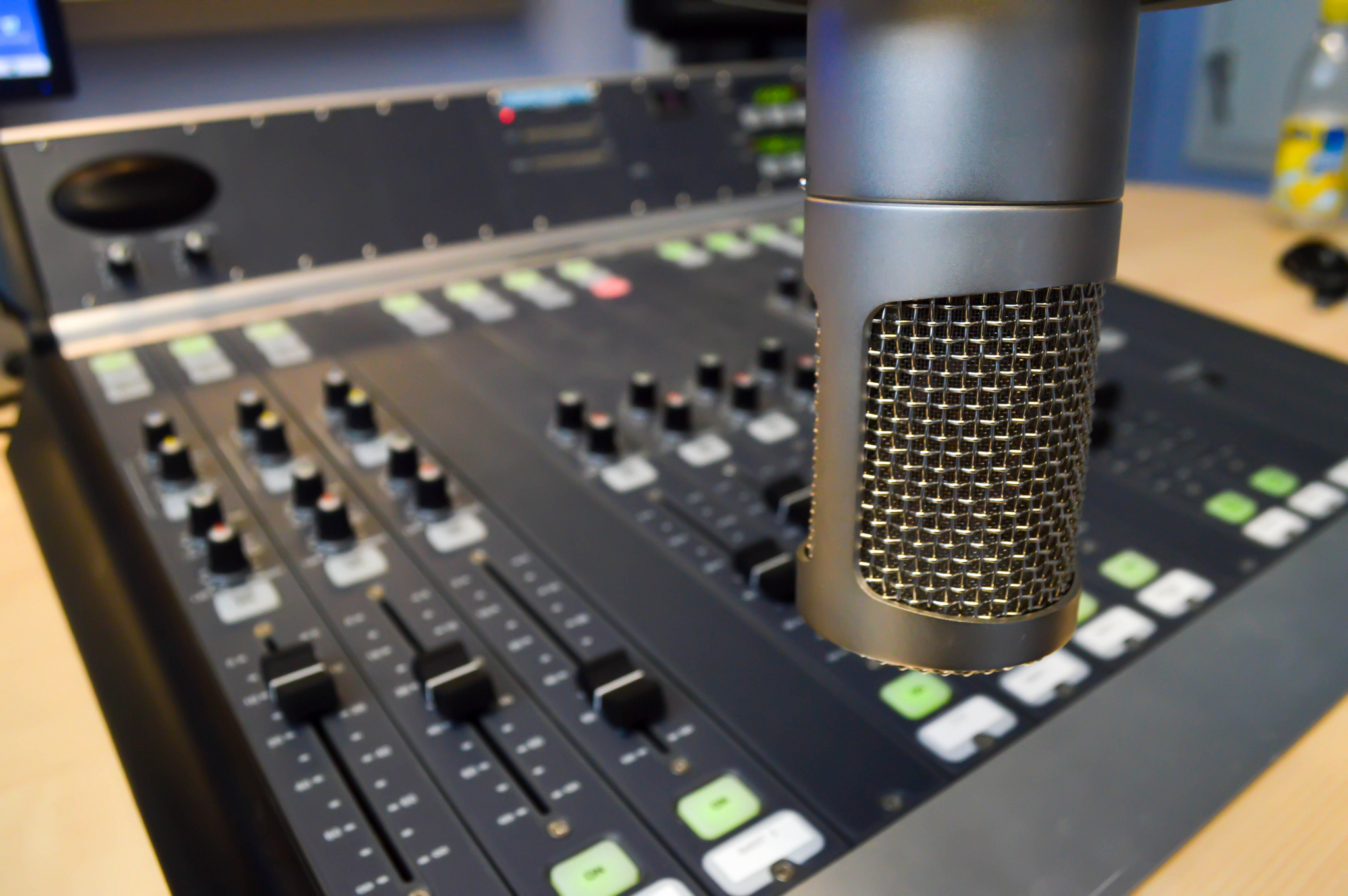 What makes a good pitch? NPR editors weigh in